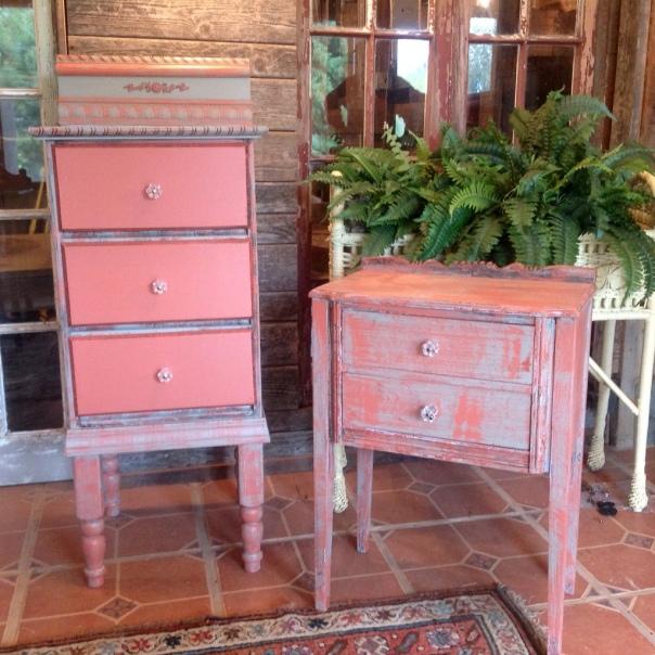 Brookhaven vintage marketplace antiques artisan goods - Restauracion muebles vintage ...