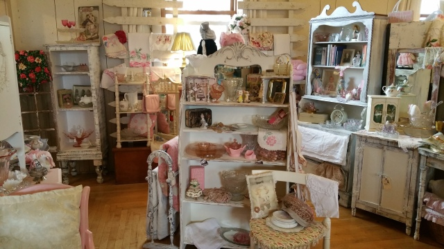 shabby cottage display